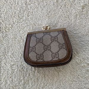 Authentic Gucci Vintage Coin purse